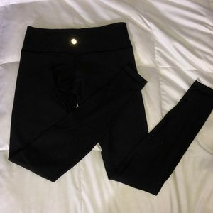 Lululemon reversible wunder unders
